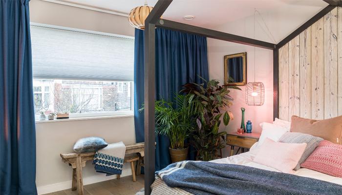 Winter bedroom décor
