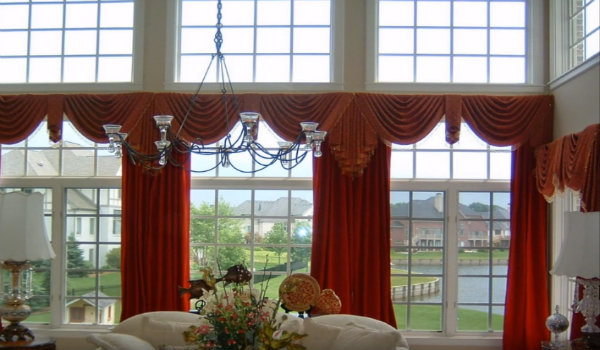 Expert Suggestions to Get Great Curtains for Bay Windows