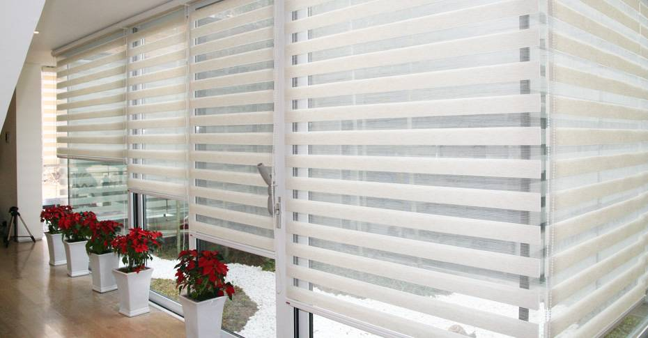 How to Clean Different Types of Window Coverings